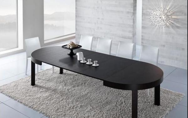 Da 4 a 10 persone a tavola con il tavolo trasformabile for Tavolo 10 persone