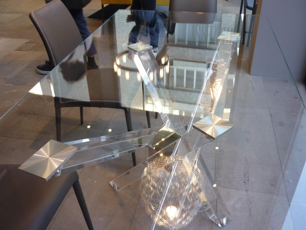 tavolo shangai riflessi fuori salone 2016 (33)
